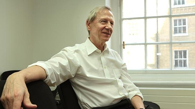 BA 151 - ANTHONY GIDDENS ELDER