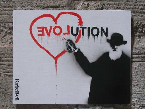 BA 152 - Graffiti-Darwin-evolution