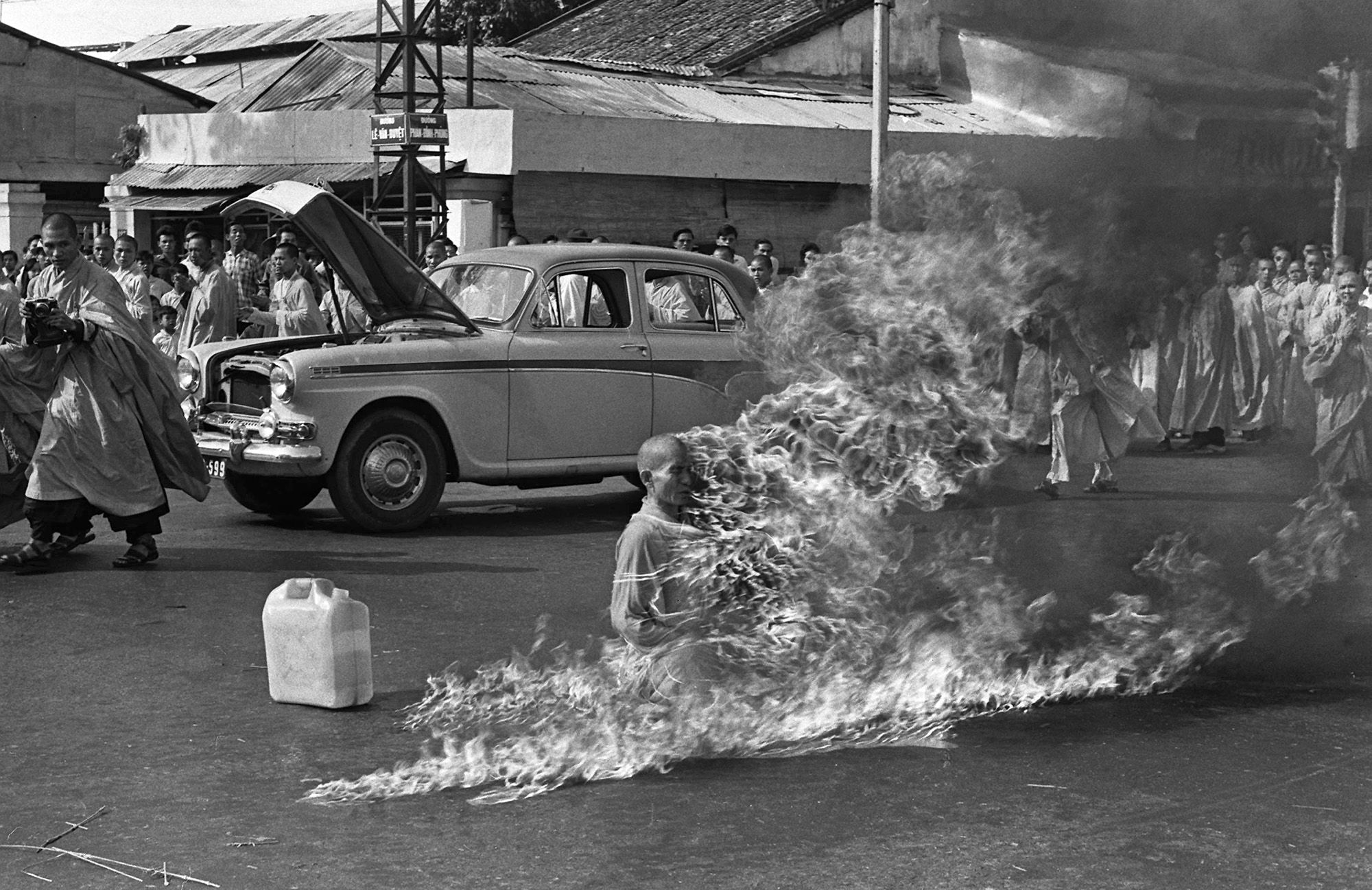 ba-232-monje-budista-inmolandose-en-saigon-1963