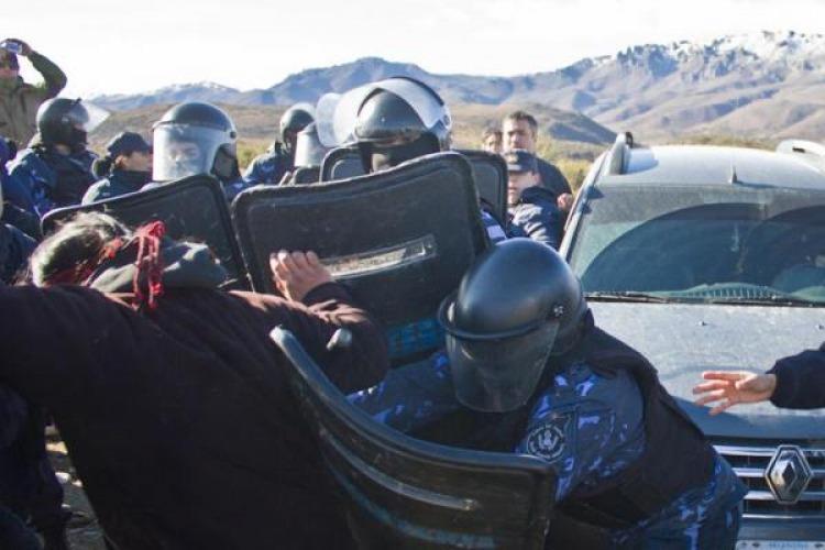 ba-232-represion-a-mapuches-en-chubut